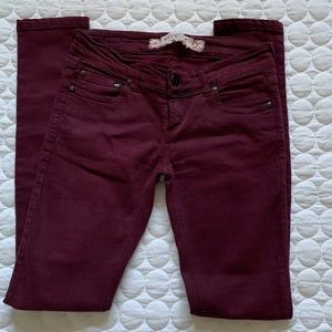 Very good condition burgundy skinny pants